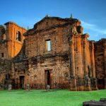 linda imagem das ruinas de são miguel das missões tenondé park hotel